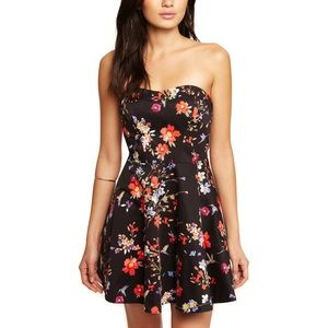Express Floral Sweetheart Strapless Dress